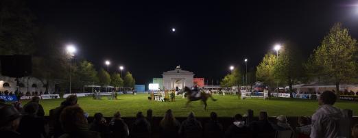 Foto: Eindrucksvolle Kulisse für das internationale Pferdefestival - das Landgestüt Redefin - Fotograf: Thomas Hellmann
