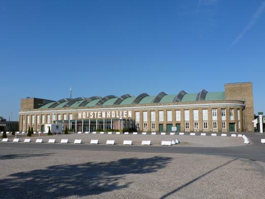Foto: Blick auf die Holstenhallen in Neumünster - Fotograf: PST Marketing