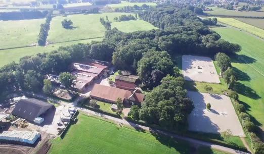 Foto: Luftbild des Zuchthof Klatte in Lastrup - Klein Roscharden - Fotograf: Privat