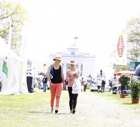 Foto: Das Pferdefestival Redefin ist vom 29. April bis zum 1. Mai Sporttreffpunkt und Ausflugsziel zugleich - Fotograf: Thomas Hellmann