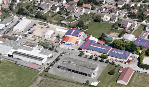 Foto: Luftbild der Firma Riel in Oberderdingen - Fotograf: Firma Riel