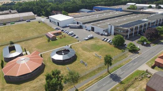 Foto: Drohnenflug über der Musterpark der Firma Röwer & Rüb